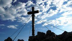 Das Gipfelkreuz des Jenner