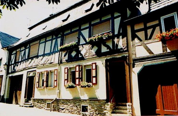 das haus burgstra e 5 7 photo et image deutschland europe hessen images fotocommunity. Black Bedroom Furniture Sets. Home Design Ideas
