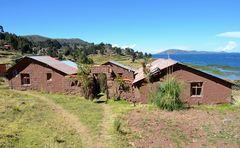 Das Haus des Dorfältesten in Llachon am Titicacasee