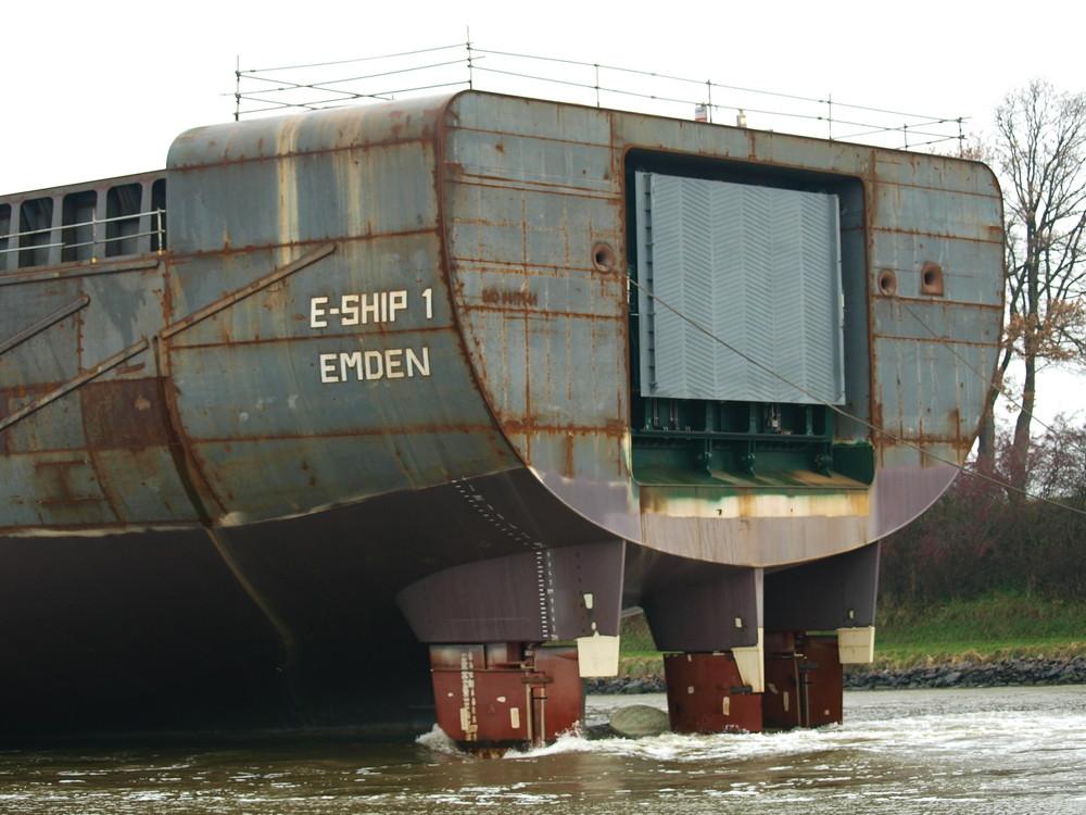 Das Heck Des Schiffes E Ship 1 Emden Foto Bild Schiffe Und