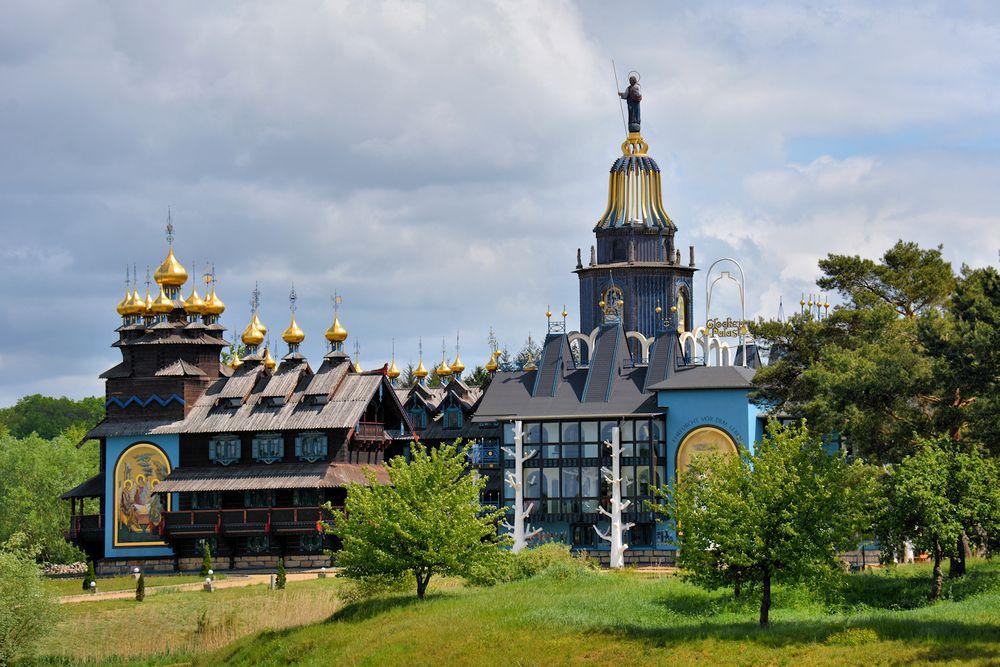 Das ist der Glocken-Palast in Gifhorn