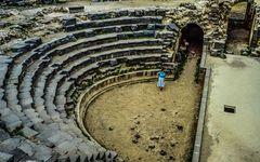 Das kleine antike Theater in Shaga.   .120_4262