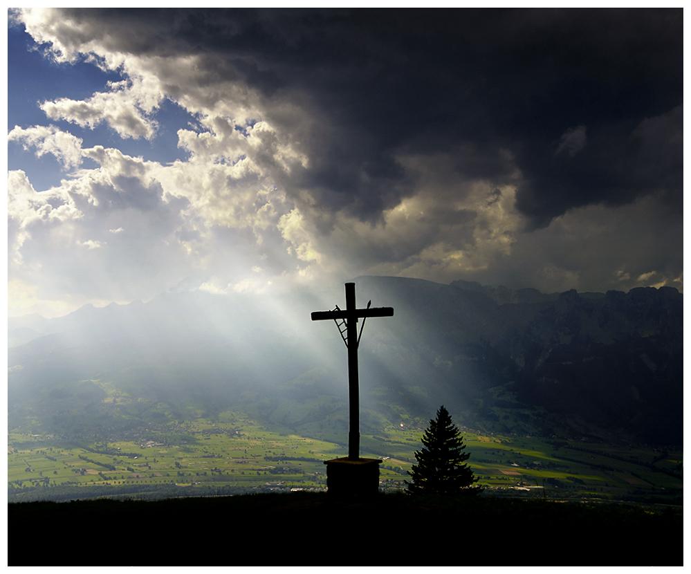 Das Kreuz in den Bergen