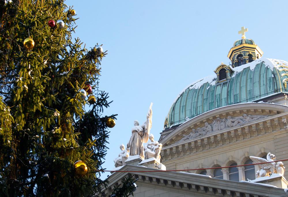 Das Kreuz mit dem Bundeshaus engel