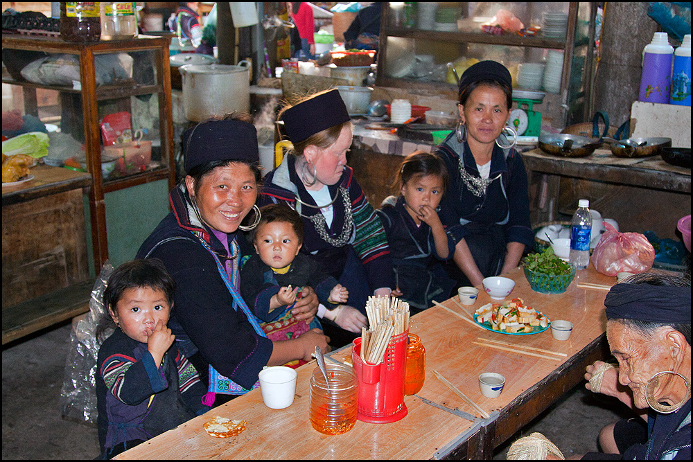Das Lächeln der Hmong