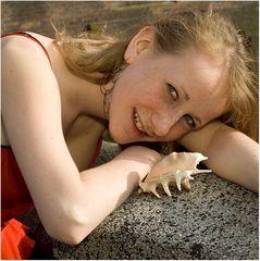 Das Mädchen mit der Muschel