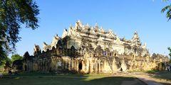 ...das Maha Aung Mye Bonzan Kloster...
