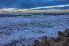 Das Meer nach einer sehr stürmischen Nacht