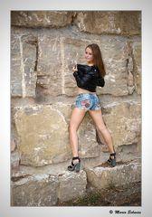 Das Model an der Mauer