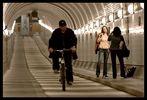 Das Model und der Radfahrer
