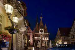 Das nächtliche Rathaus von Michelstadt