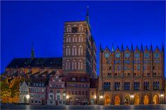 Das nächtliche Rathaus von Stralsund