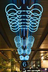 Das Neon-Raumschiff II