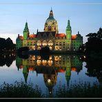 Das neue Rathaus aus Hannover in grün