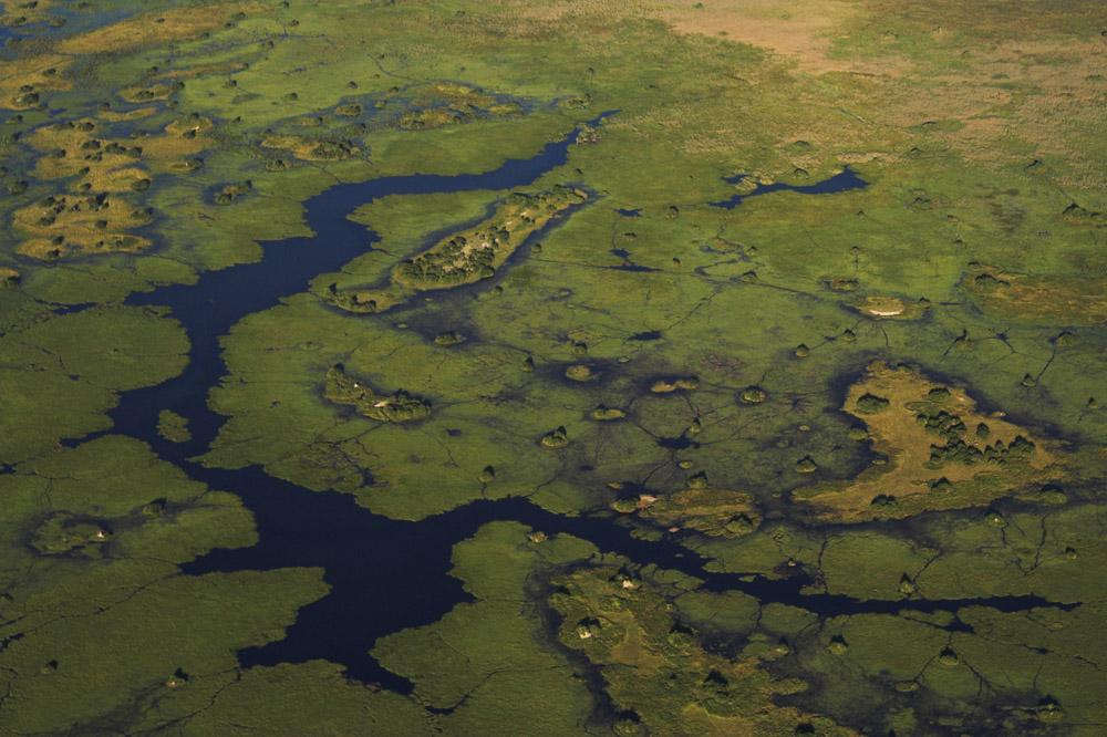 Das Okavango-Delta von oben (3/5)