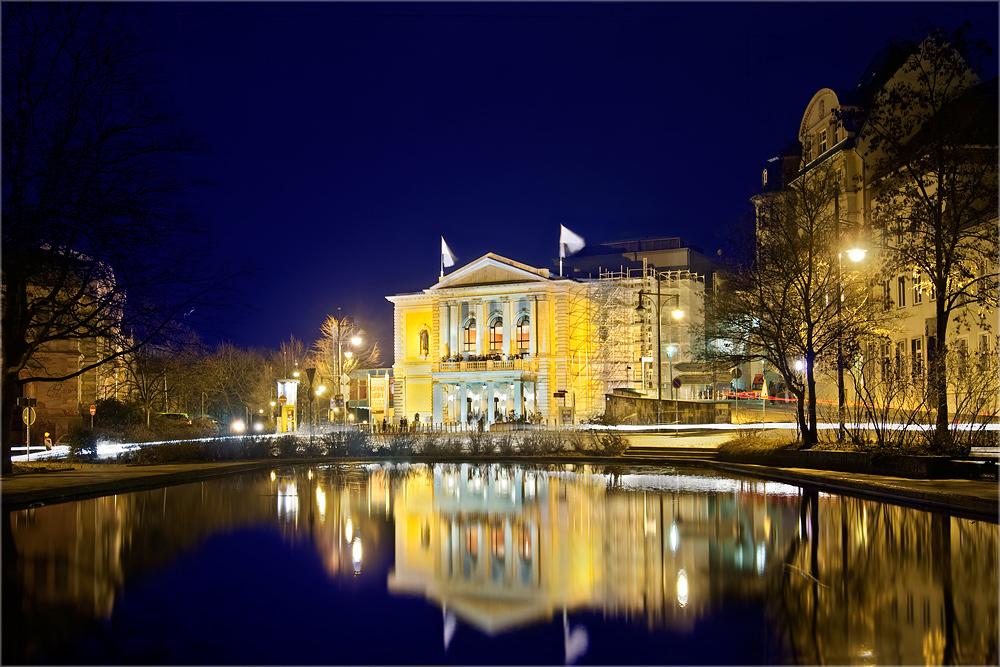 Das Opernhaus Halle/ Saale