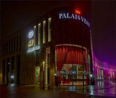 Das Palais Vest leuchtet II ...