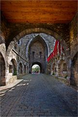 - Das Ponttor in Aachen -