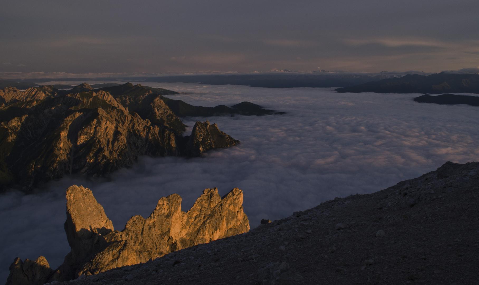 Das Pustertal bedeckt von einem Wolkenmeer