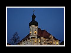 Das Rathaus zur Blauen Stunde