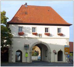 Das Rügheimer-Tor ...