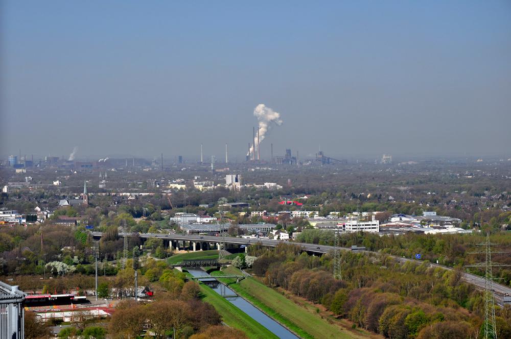 Das Ruhrgebiet vom Gasometer Oberhausen
