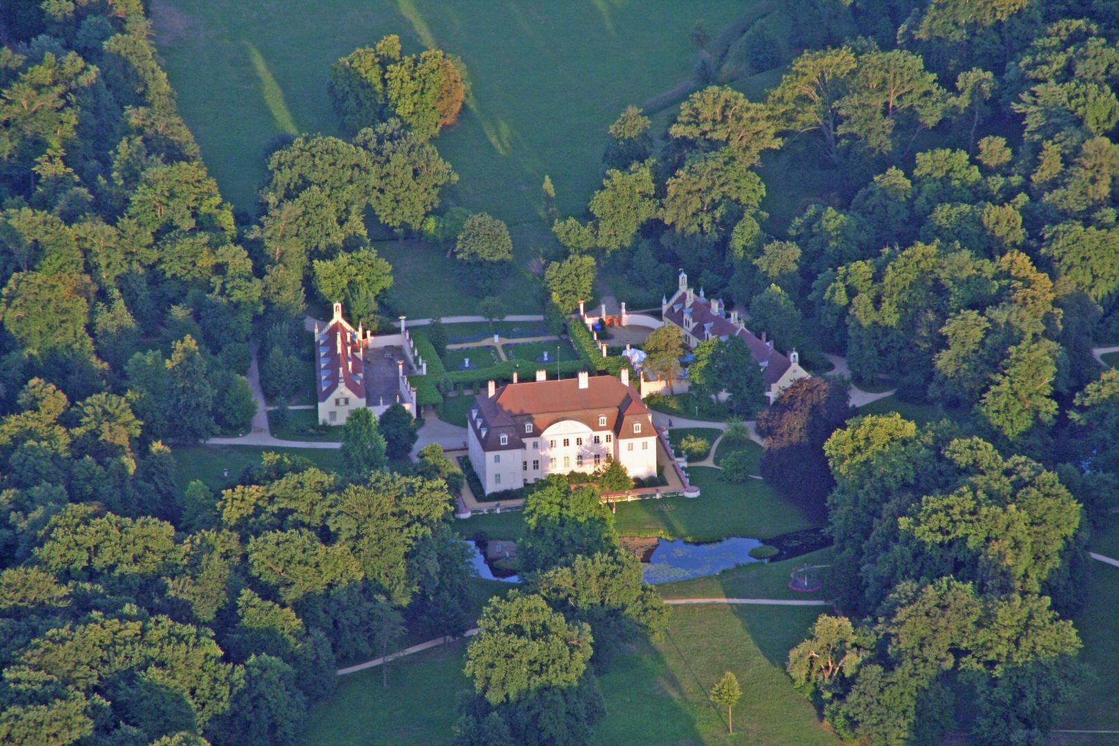 Das Schloss Branitz vom Ballon aus aufgenommen