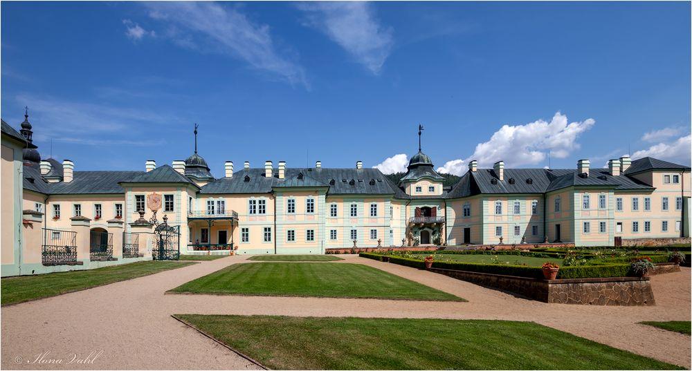 Das Schloss Manetin