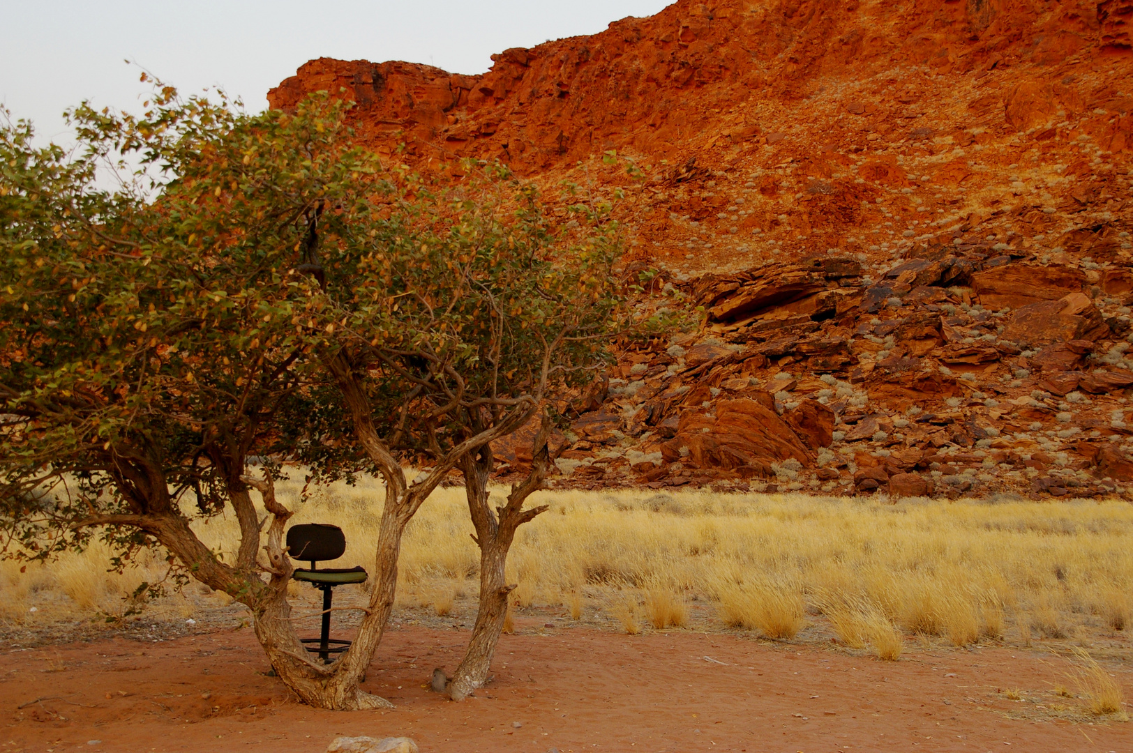 das sch nste b ro der welt foto bild africa southern africa namibia bilder auf fotocommunity. Black Bedroom Furniture Sets. Home Design Ideas