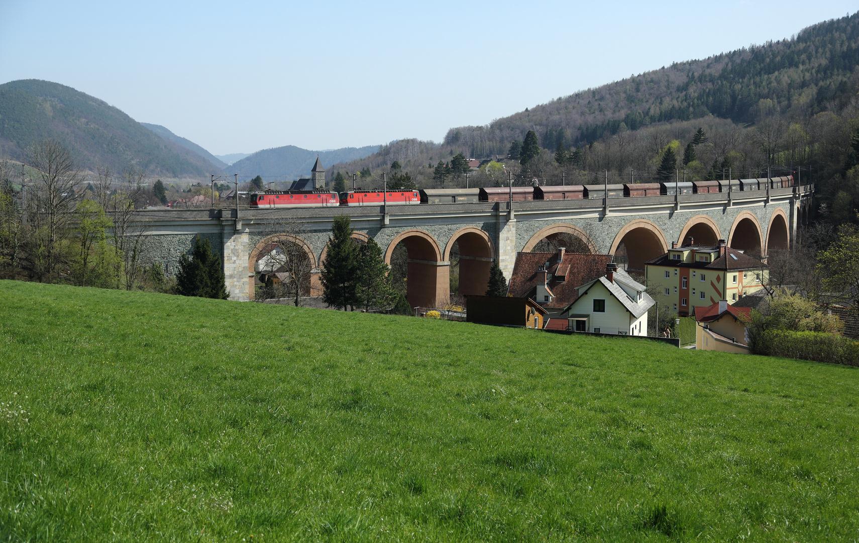 Das Schwarzatal-Viadukt