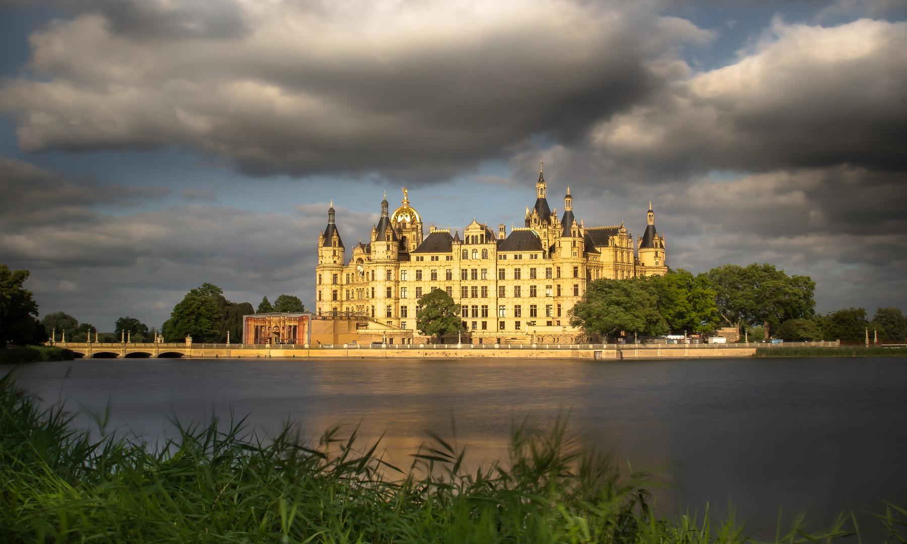 ...Das Schweriner Schloss