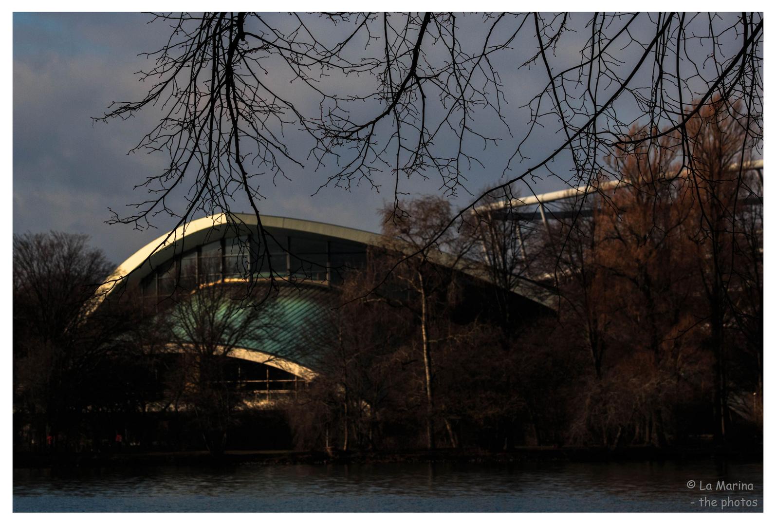 Das schwimmbad foto bild architektur stadtlandschaft - Schwimmbad architektur ...