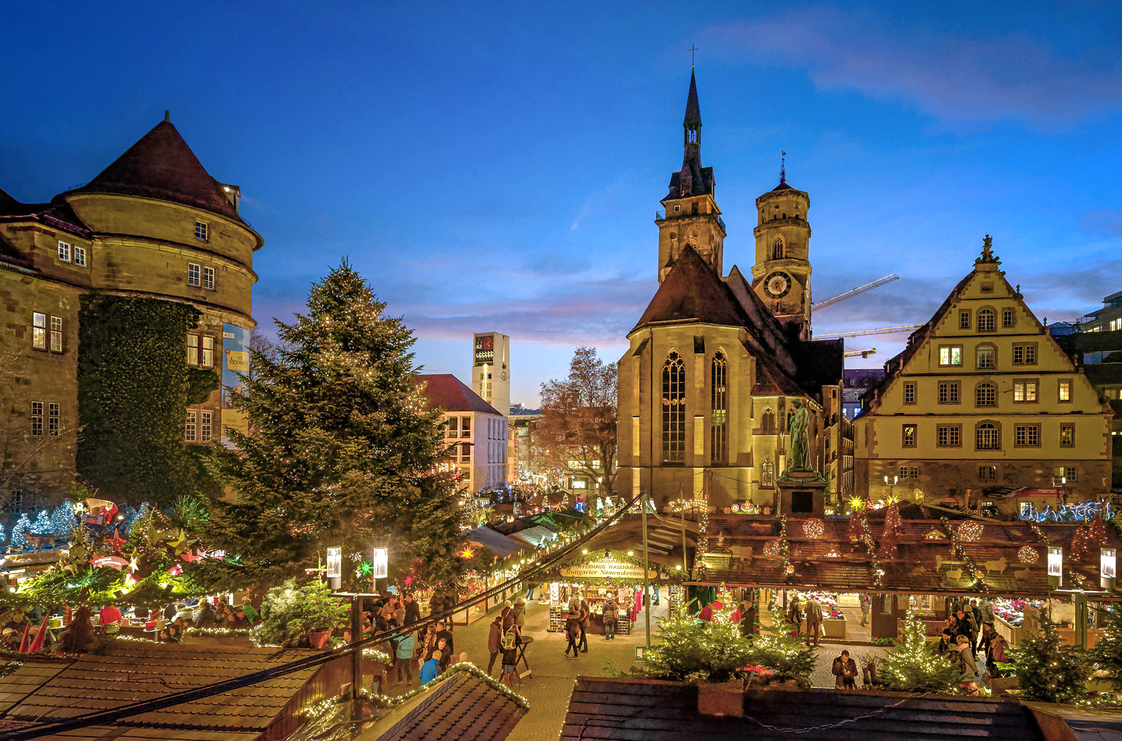 Stuttgart Weihnachtsmarkt.Das Stuttgarter Weihnachtsmarkt Foto Bild Architektur