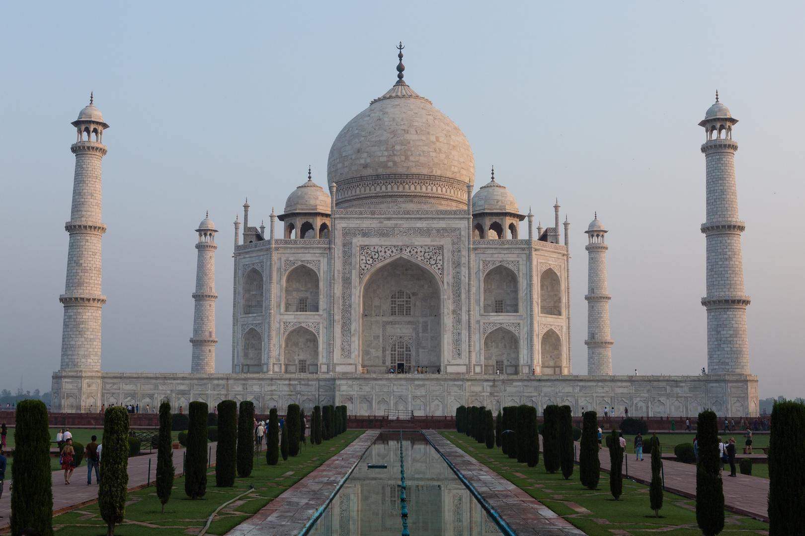 Das Taj Mahal - die klassische Ansicht (2)