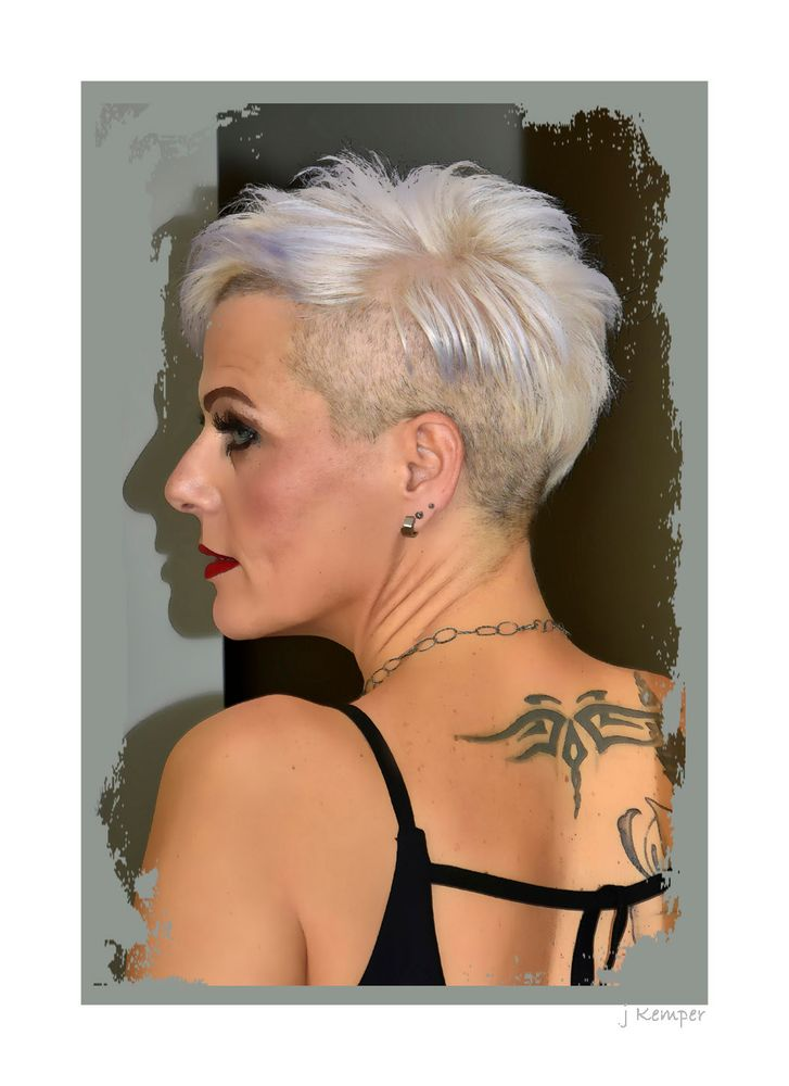 - das Tattoo -