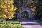 Das Tor zum Schloss Gödens