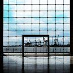 DAS TOR ZUR WELT - Hamburger Hafen Durchblick