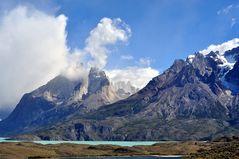 Das Torres Massiv aus südlicher Richtung