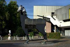 Das Trojanische Pferd vor dem Staatstheater