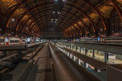 das vierte Stockwerk... im Bahnhof Antwerpen
