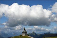 Das Wallbergkirchlein über dem Tegernsee