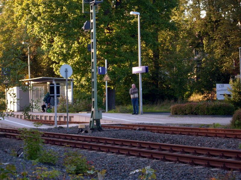 Das Warten Auf Den Zug Foto & Bild