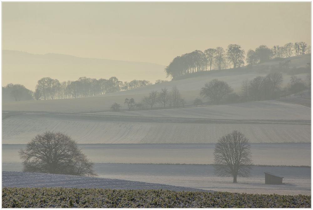 Das winterliche Flair des Weserberglandes... (mit Kompositionsanalyse)