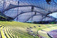Das wohl bekannteste Stadiondach der Welt...
