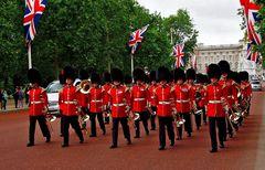 Dass man mich mit Pauken und Trompeten in London empfangen hat, ...