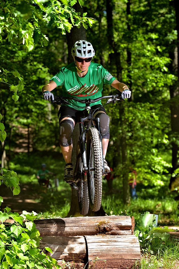 DAV Bikerin Foto & Bild   sport, mtb, motive Bilder auf