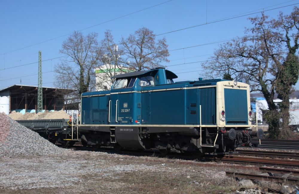 DB-V100 in ozeanblau-beige