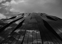 DC Tower vienna s/w