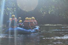 De la serie de  Paseo en el río 1