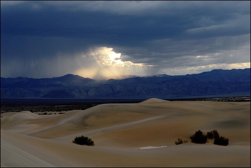 [ Death Valley Thunderstorm ]